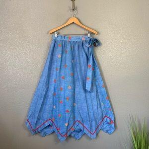 Vintage strawberry print maxi skirt small / XS